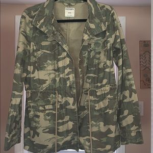 OLD NAVY CAMO JACKET WITH ZIPPER